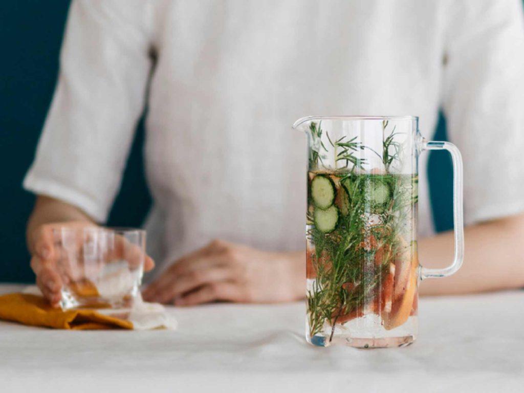 ボヘミアクリスタルのガラスのジャグ